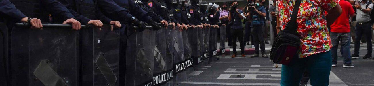 MIANMAR SOFRE GOLPE DE ESTADO E MILITARES DETÊM AUNG SAN SUU KYI E O PRESIDENTE WIN MYINT